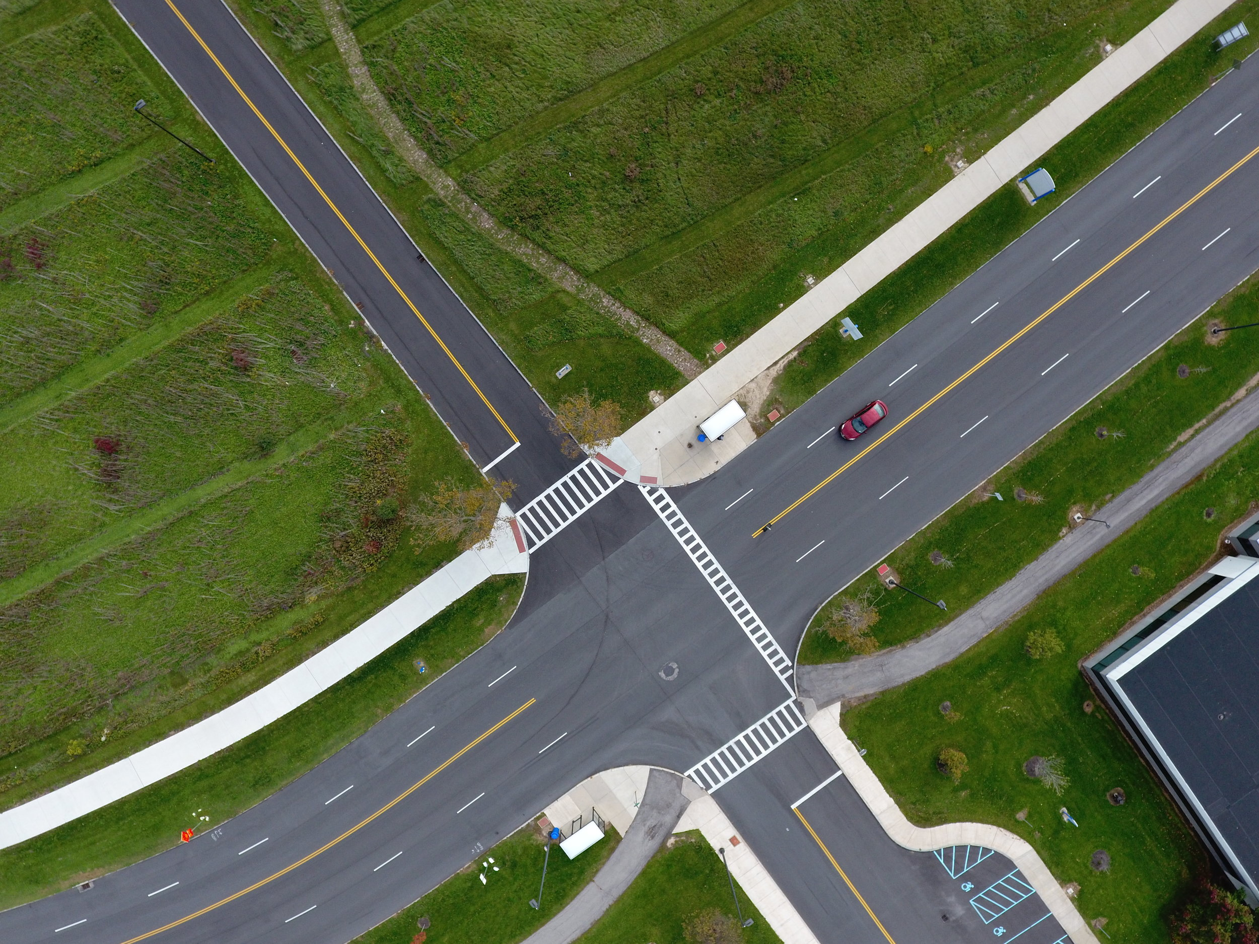 EagleHawk captures imagery to re create a geographically accurate representation of the intersection to aid in traffic and accident investigations. 2D & 3D representations allow for detailed examination and accurate measuring.