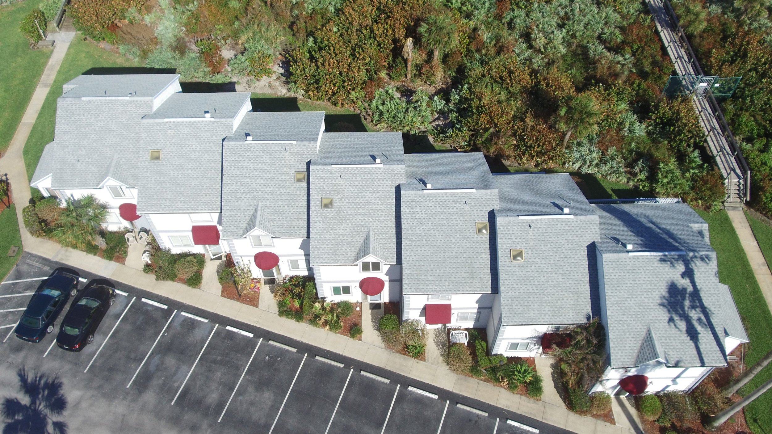 Middle Townhouses