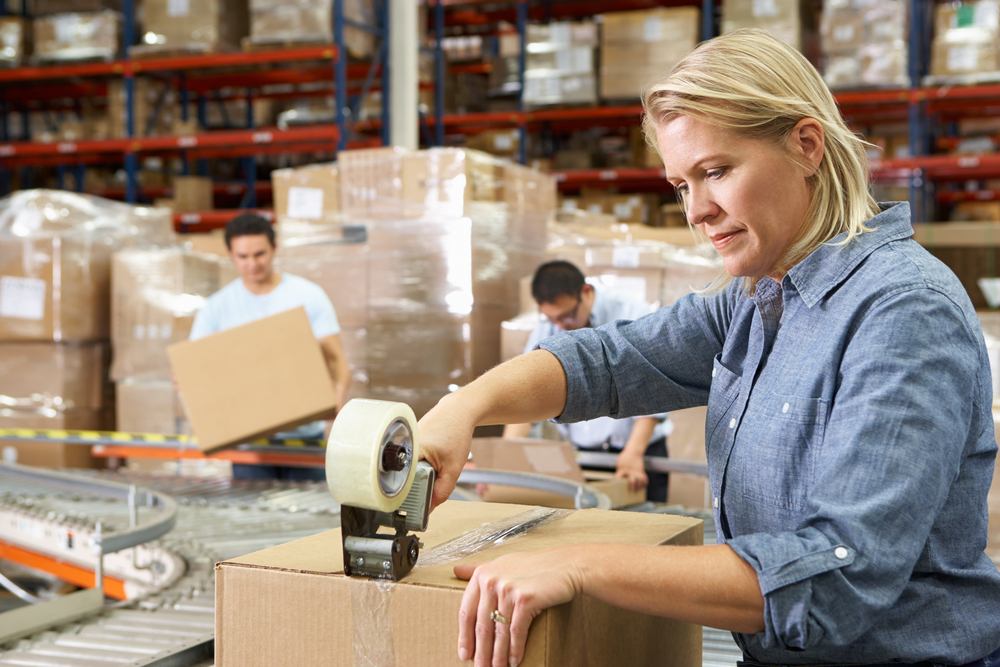 Repetitive movements are a risk factor for muscular problems - for example in the packaging industry