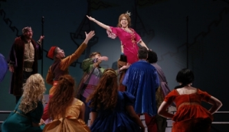 ONCE UPON A MATTRESS, PHOTO BY CAROL ROSEGG     COMPANY, JACKIE HOFFMAN