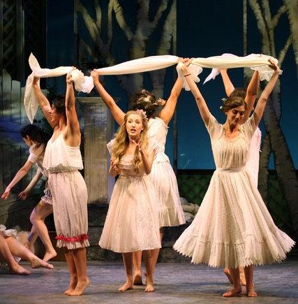 "Jillian Gottlieb, center, as Khanele in ""The Golden Bride."" Credit Ben Moody"