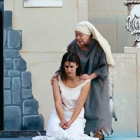 Amelie Dantes (McLane Nagy) and Abbe Faria (Catherine Cryan). The photo credit goes to Jennifer Geiger