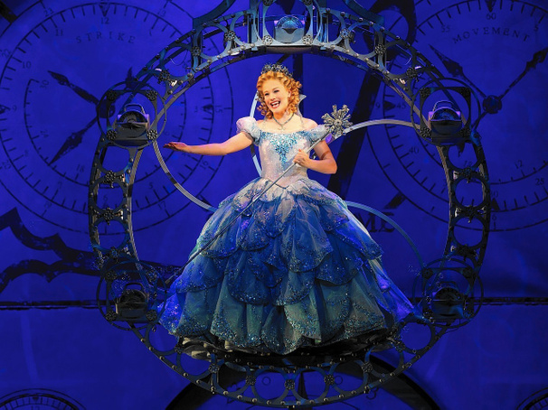 Current Broadway Glinda Carrie St. Louis