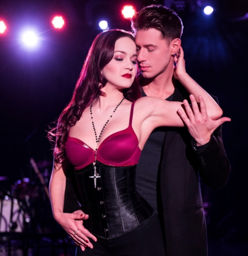 Lauren Zakrin and Constantine Rousouli in CRUEL INTENTIONS (photo by Jenny Anderson)