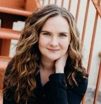 Sarah G. headshot.jpg