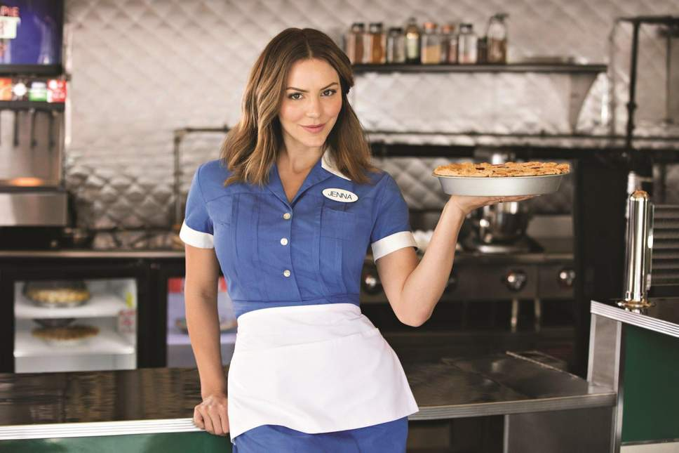 Katharine-McPhee-as-Jenna-in-Waitress-2-0.jpg