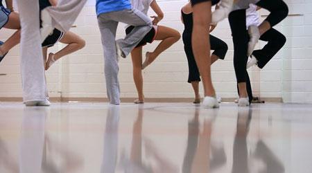 dancers_warming_up.jpg