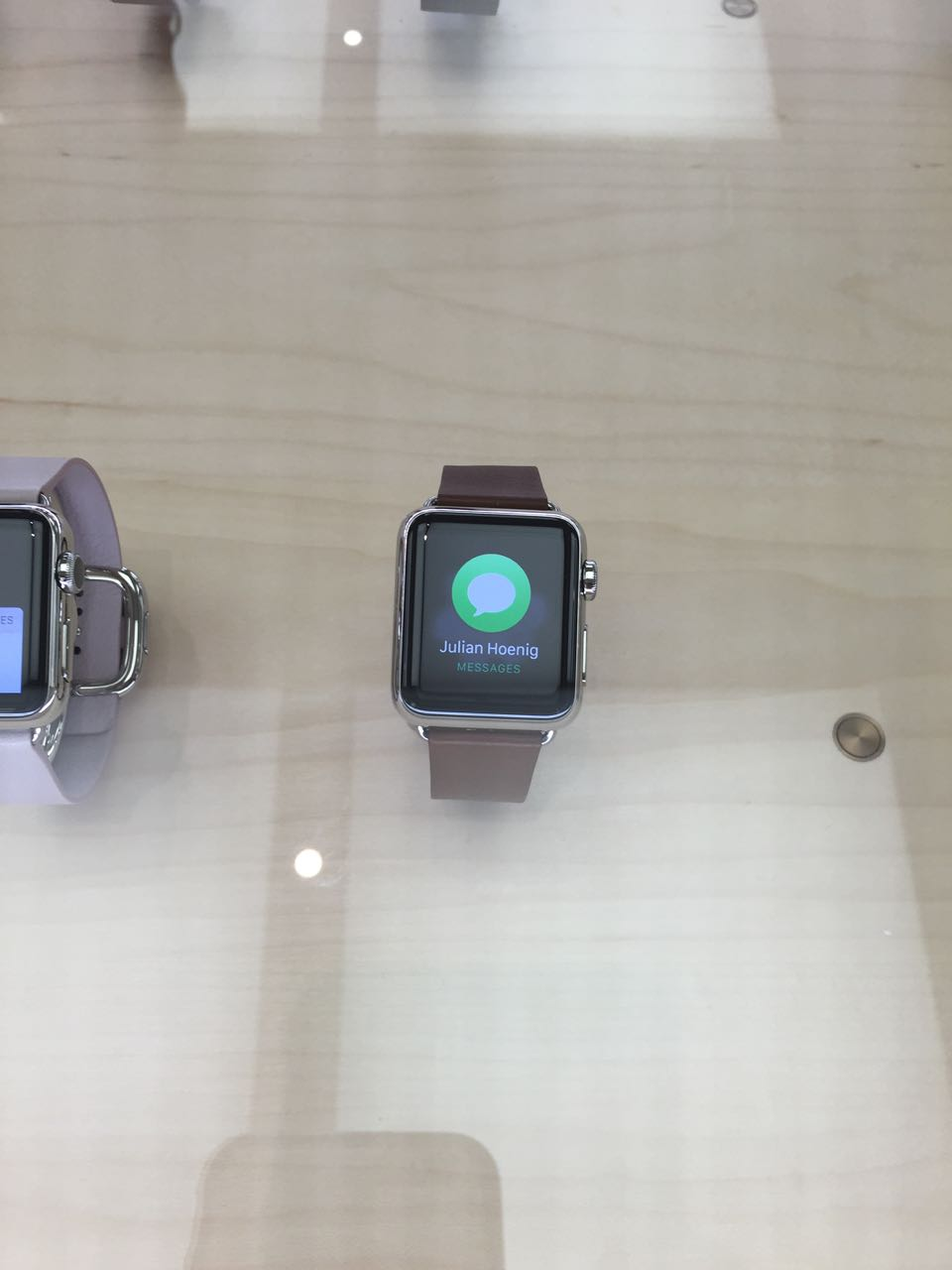 apple_watch_apple Store4.jpg