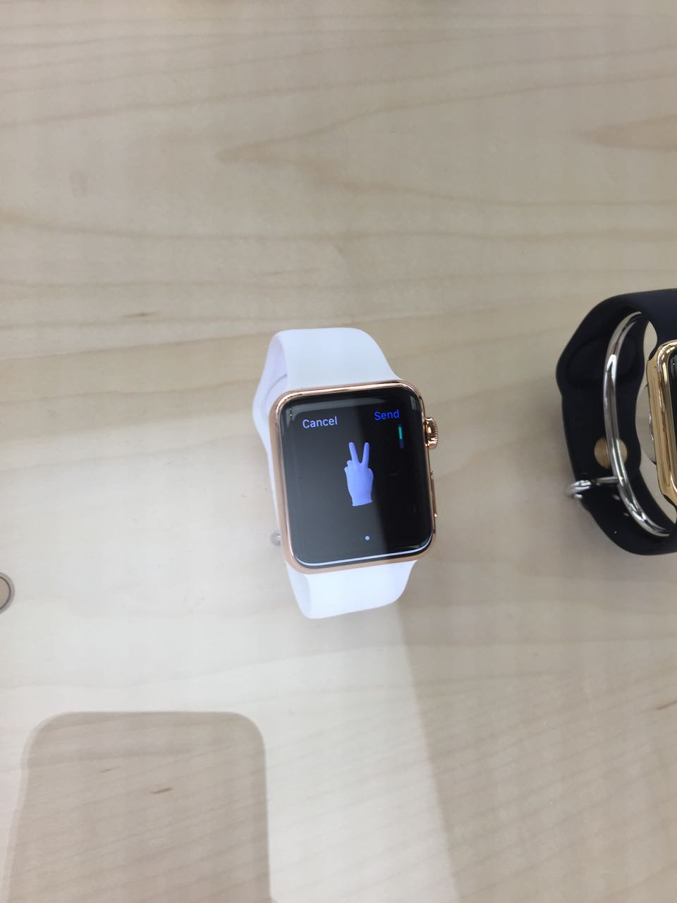 apple_watch_apple Store5.jpg