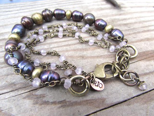 handmade boho jewelry, handmade bohemian jewelry, beach chic bracelet, beach boho jewelry, boho fashion, freshwater pearl bracelet, hippie chic bracelet, rio jewelry studio collection