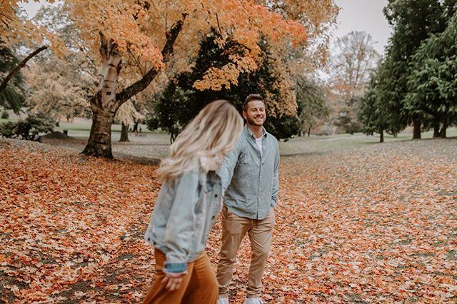 All the fall vibes🍂🍂 . . . . . . . . .  #lookslikefilm #lifestylephotographer #tribearchipelago #stylemepretty #fall #pnwwonderland #pnw #seattlephotographer #love #engagement #engaged #dirtybootsandmessyhair #seattlebride #seattlewedding #weddingphotographer #loveandwildhearts #wildlifewildsouls #pnwwedding #authenticlovemag #elopementcollective #intamatestorytellers #familyphotographer #belovedstories #heyheyhellomay #wildhairandhappyhearts #pnwedding #belovedfamilies