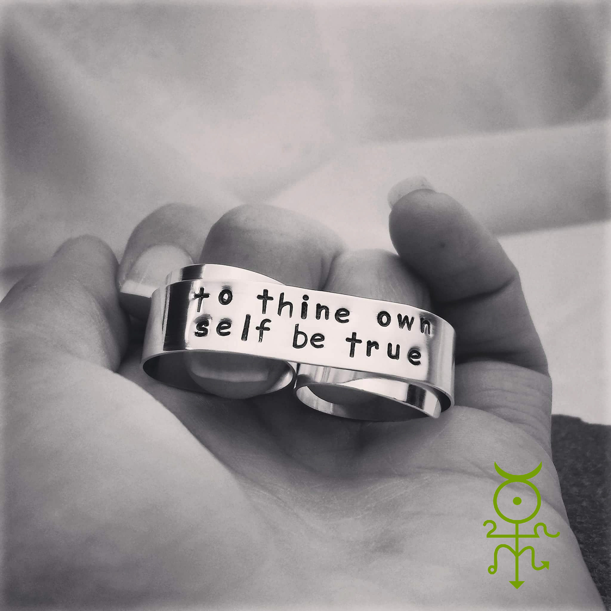 "MerCurios Jewelry ""Be True"" Double Banner Ring"