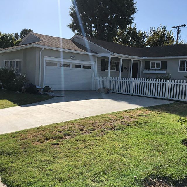 House available for rent! Encino Elementary and an amazing neighborhood! DM for info and/or contact @esmilay