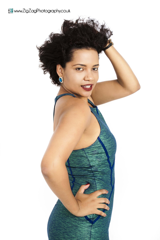 photography-session-leicester-studio-zigzag-photoshoot-dress-green-portfolio-woman-profile-model.jpg