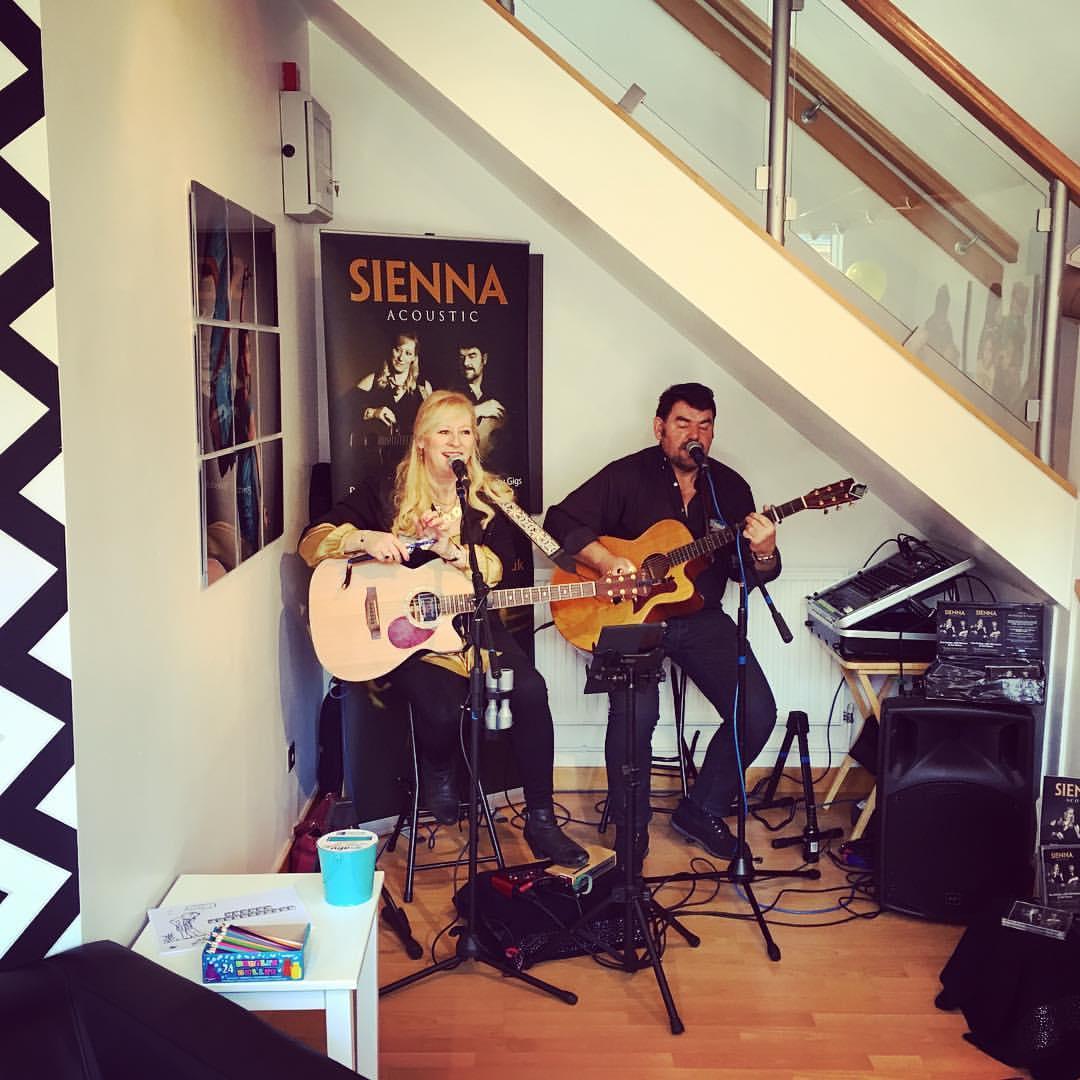 singers.jpg