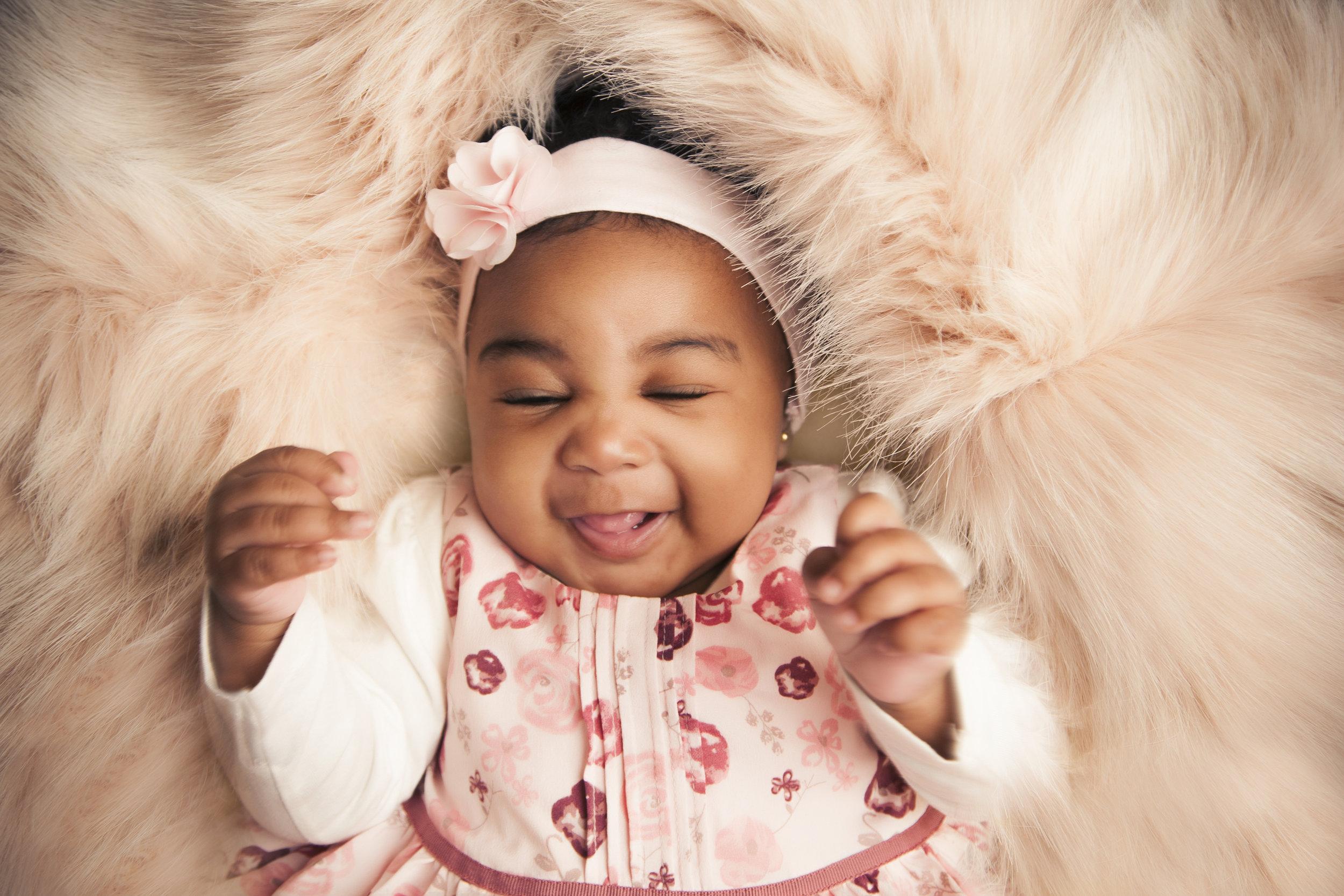 photography-studio-leicester-photo-shoot-photographer-baby-newborn-zigzag-zig-zag-family-clarendon-park-photographer-queens-road-ideas-props-girl-headband-fur-best.jpg