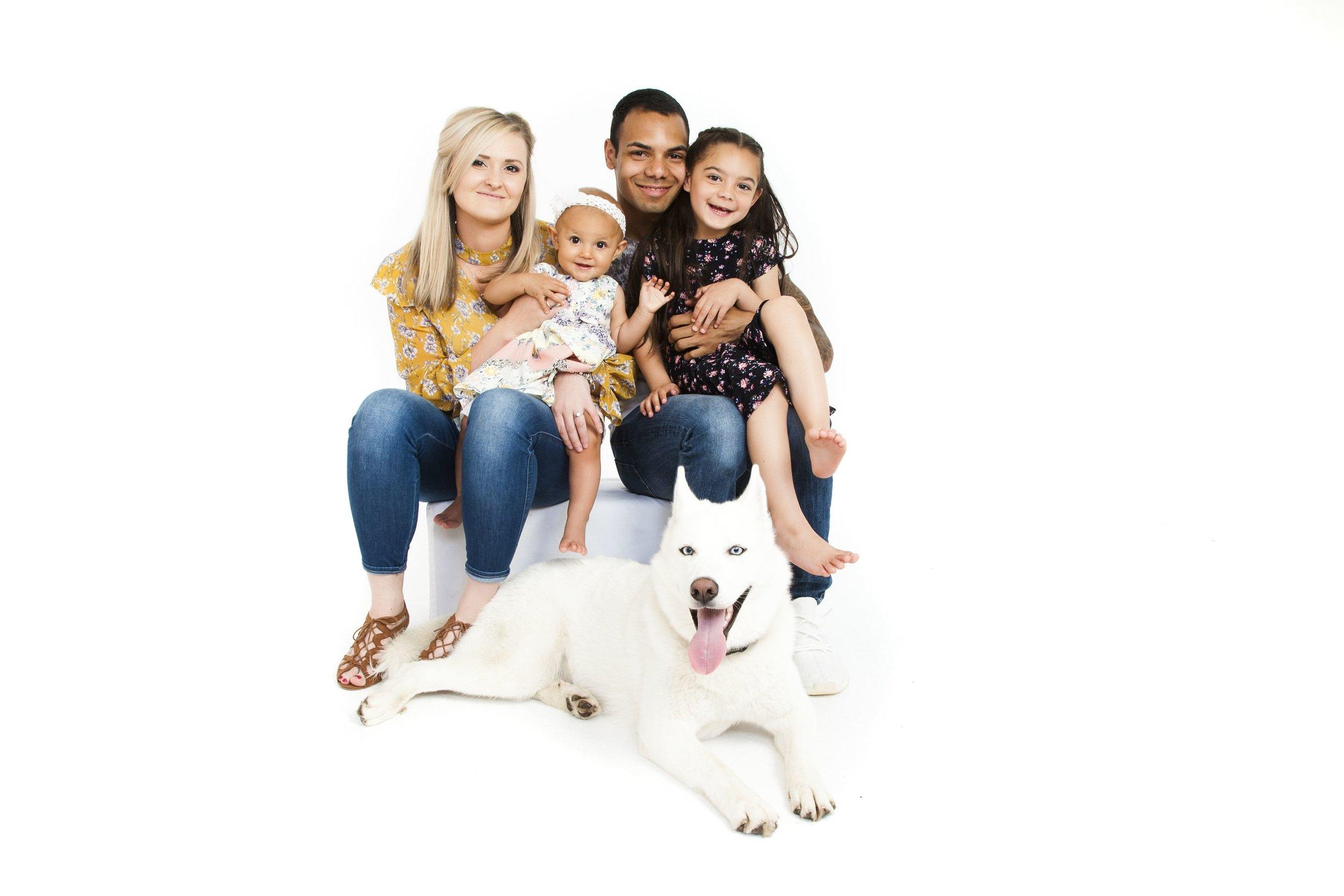 family-portrait-leicester-photo-shoot-photographers-pet-kids-photography-studio-le2-zigzag-zig-zag.JPG