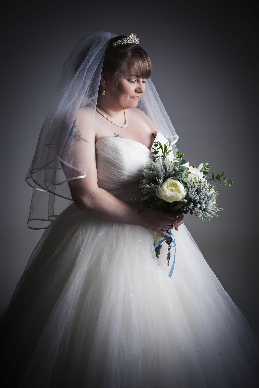 zigzag-zig-zag-photography-leicester-wedding-dress-photo-image-photographer-photo-shoot-studio.JPG