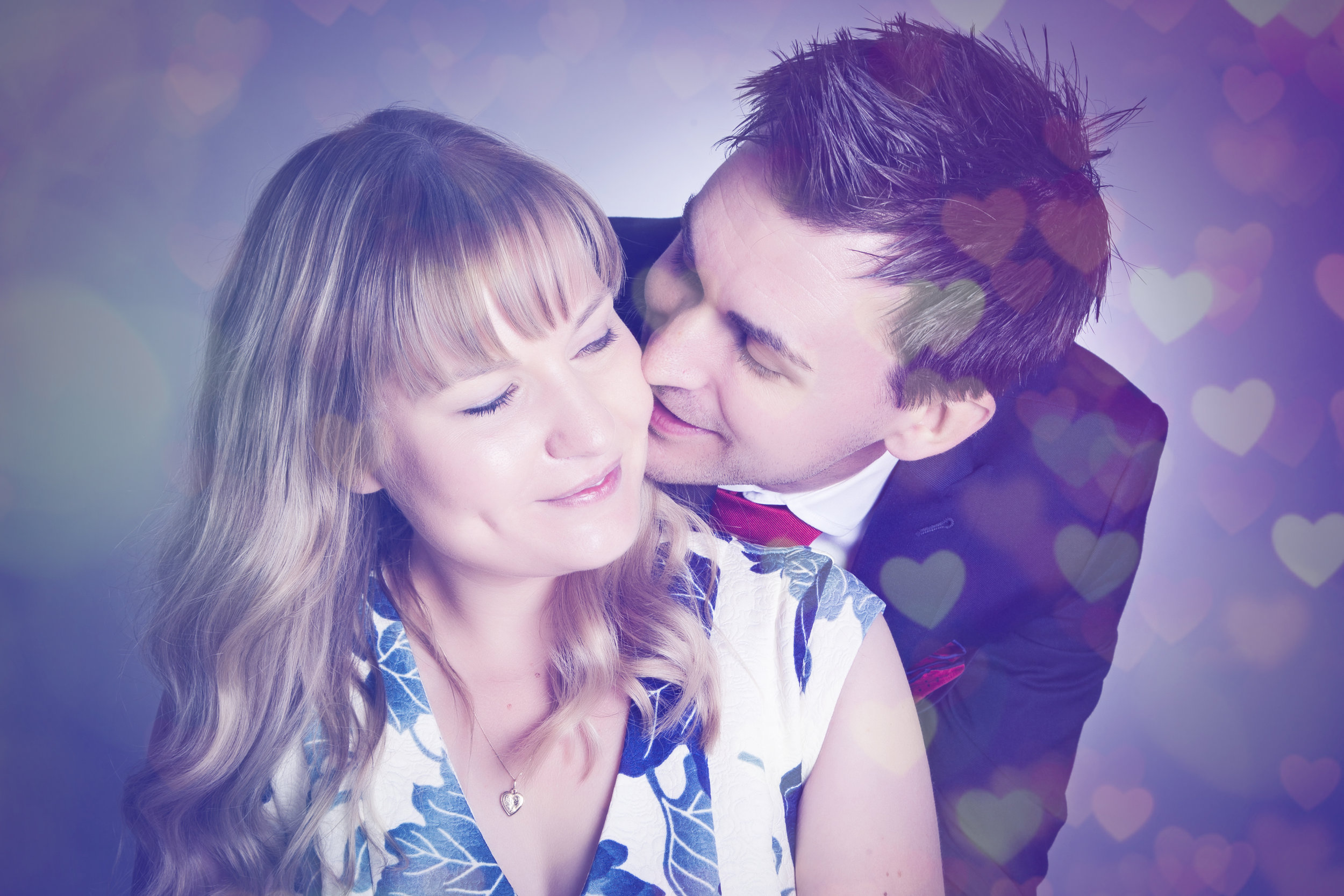zigzag-photography-leicester-valentines-day-gift-ideas-couples-shoot-session-love-colour.JPG