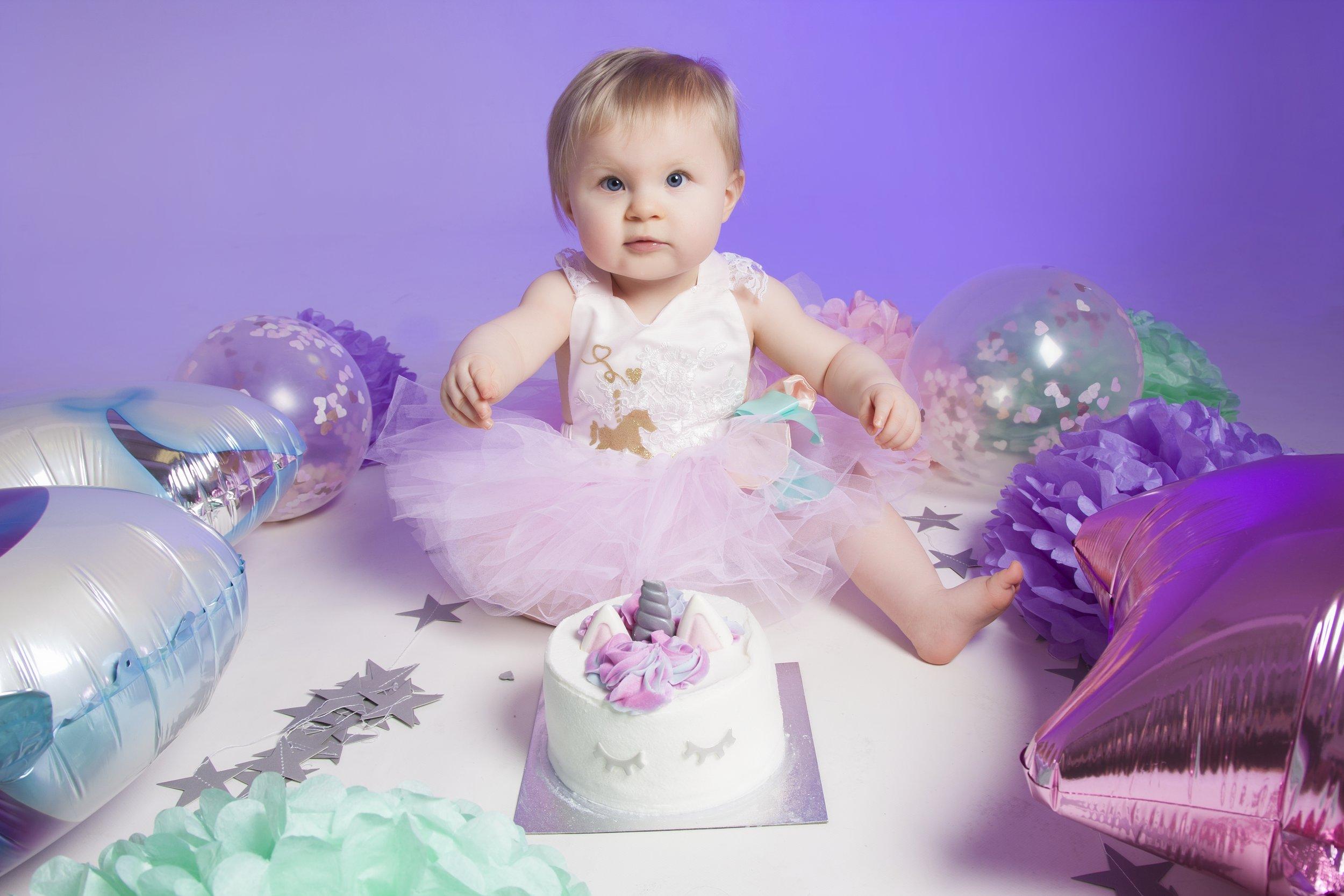 unicorn cake smash photoshoot at ZigZag Photography Leicester