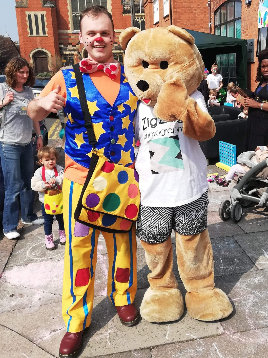 zig-zag-photography-leicester-open-day-photography-photographer-mr-tumble-bear