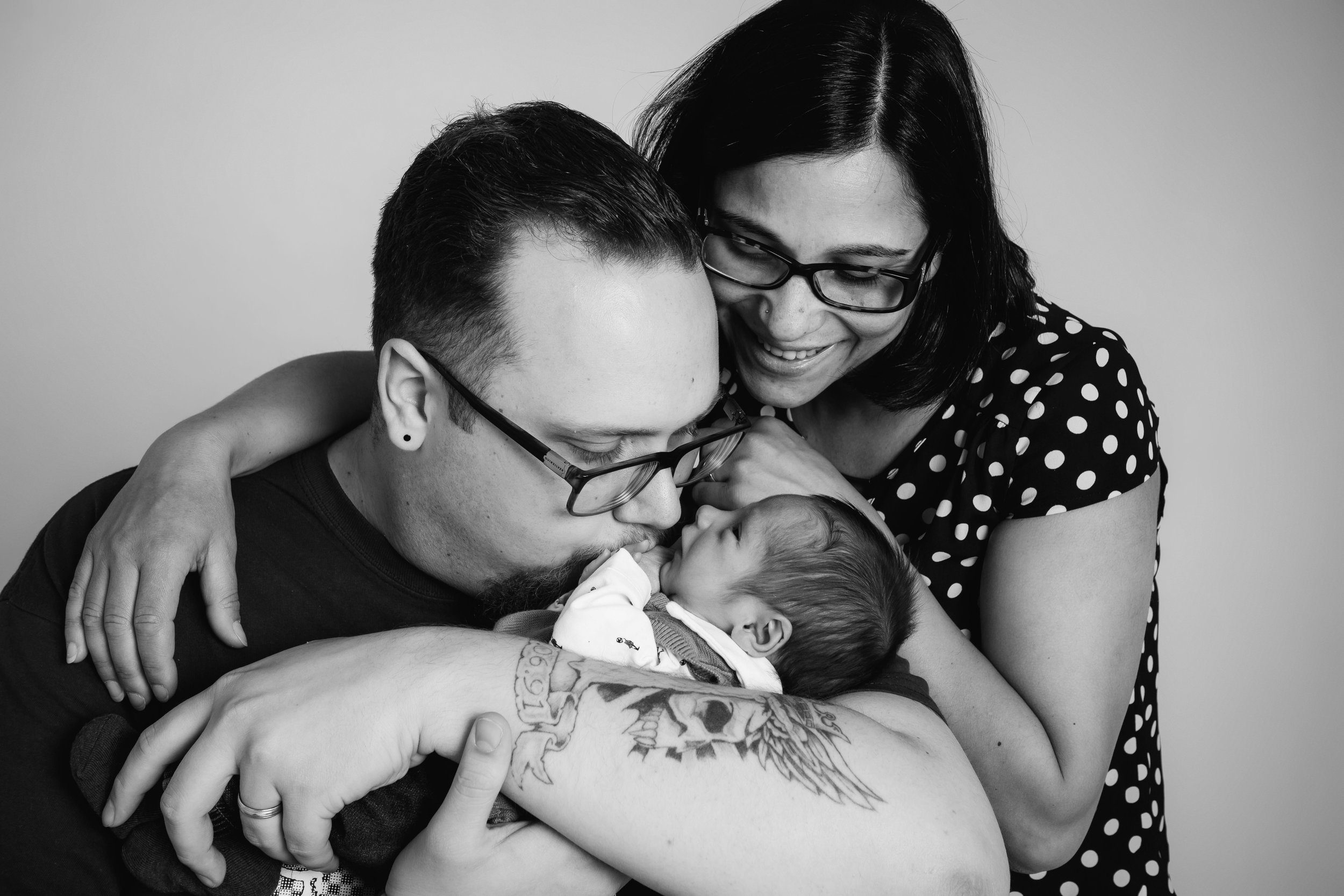 zigzag-photography-leicester-newborn-baby-family-photographer-photography-family-ideas-props