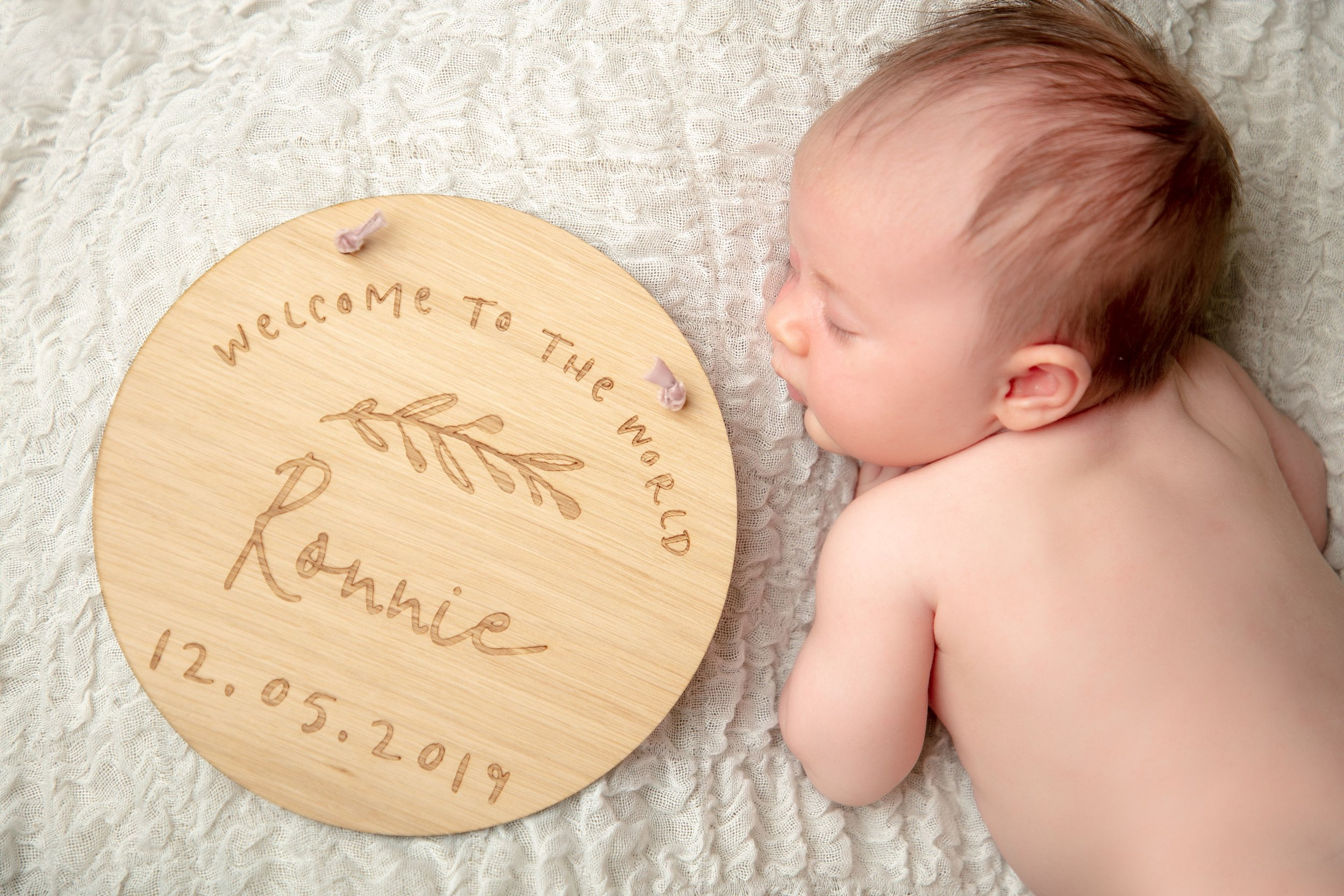 newborn-photographer-photography-leicester-zig-zag-photo-shoot-leicestershire-props-ideas-baby