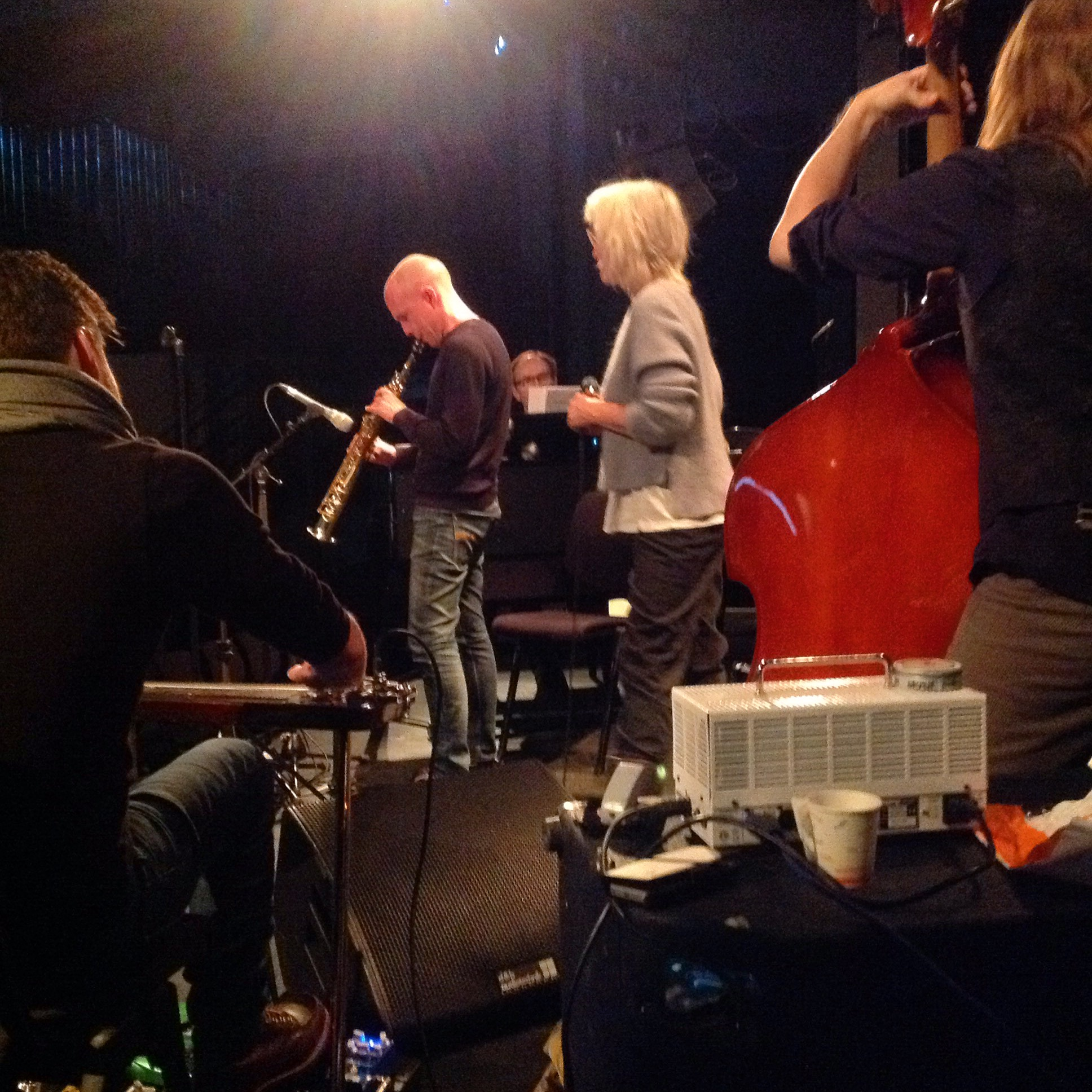 Tore Bruvoll, Frode Nymo, Bjørn Andor Drage, Marit Sandvik, Christo Stangness, Tobias Solheim- Nilssen