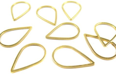Small Gold Plated Teardrop Shape Wire Charms (10x)  $4.50 for 10