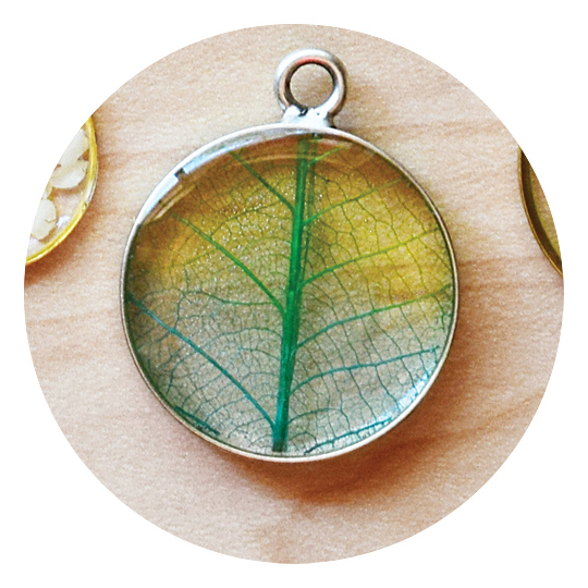 ClassGraphic - Ombre Skeleton Leaf Class SQUARE.jpg
