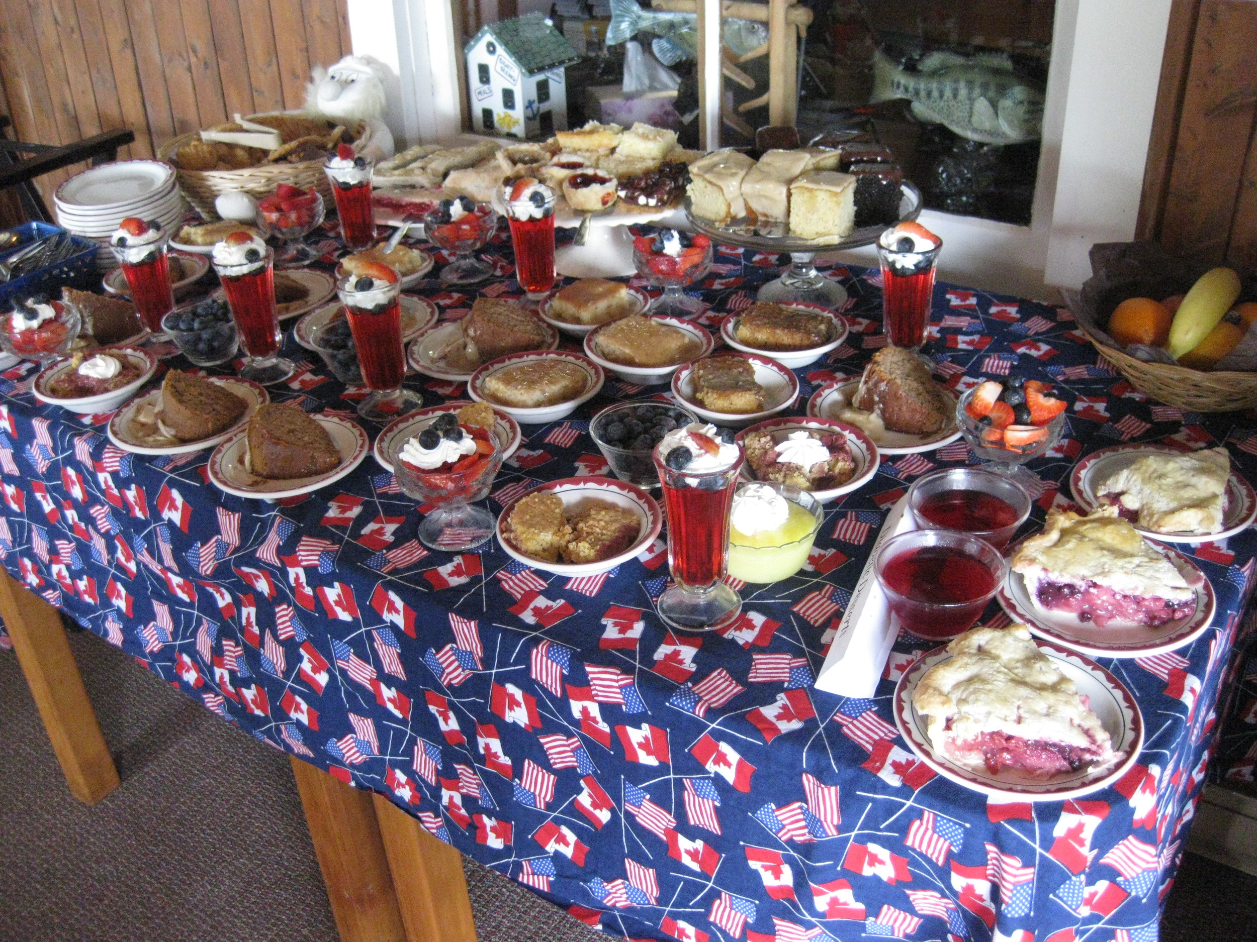 July 4 dessert table