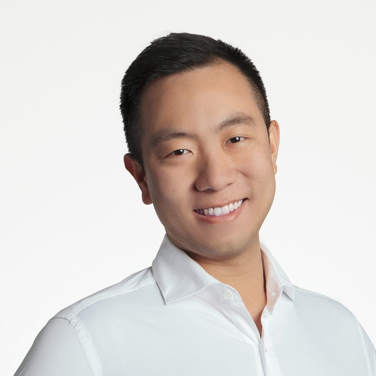 Nick Wong - As a UI/UX designer based in San Francisco, I like solving problems and am always thinking about how I can improve your day-to-day life with the product I design. I started out in advertising and branding in my hometown of Bangkok, Thailand. Empathy, and your happiness, drives everything I do.I approach design like an artist: High quality digital illustrations, utilizing geometric shapes and watercolor, are my go-to. Give me a complex, abstract idea and I'll visualize it in a minimalist style that's compelling and clean.Whether it's a webpage or email inbox feature, I'll spend hours on a design until it's pixel perfect. I also speak three languages: Thai, English, and Mandarin.Check out my portfolio here: nickwongdesign.com.