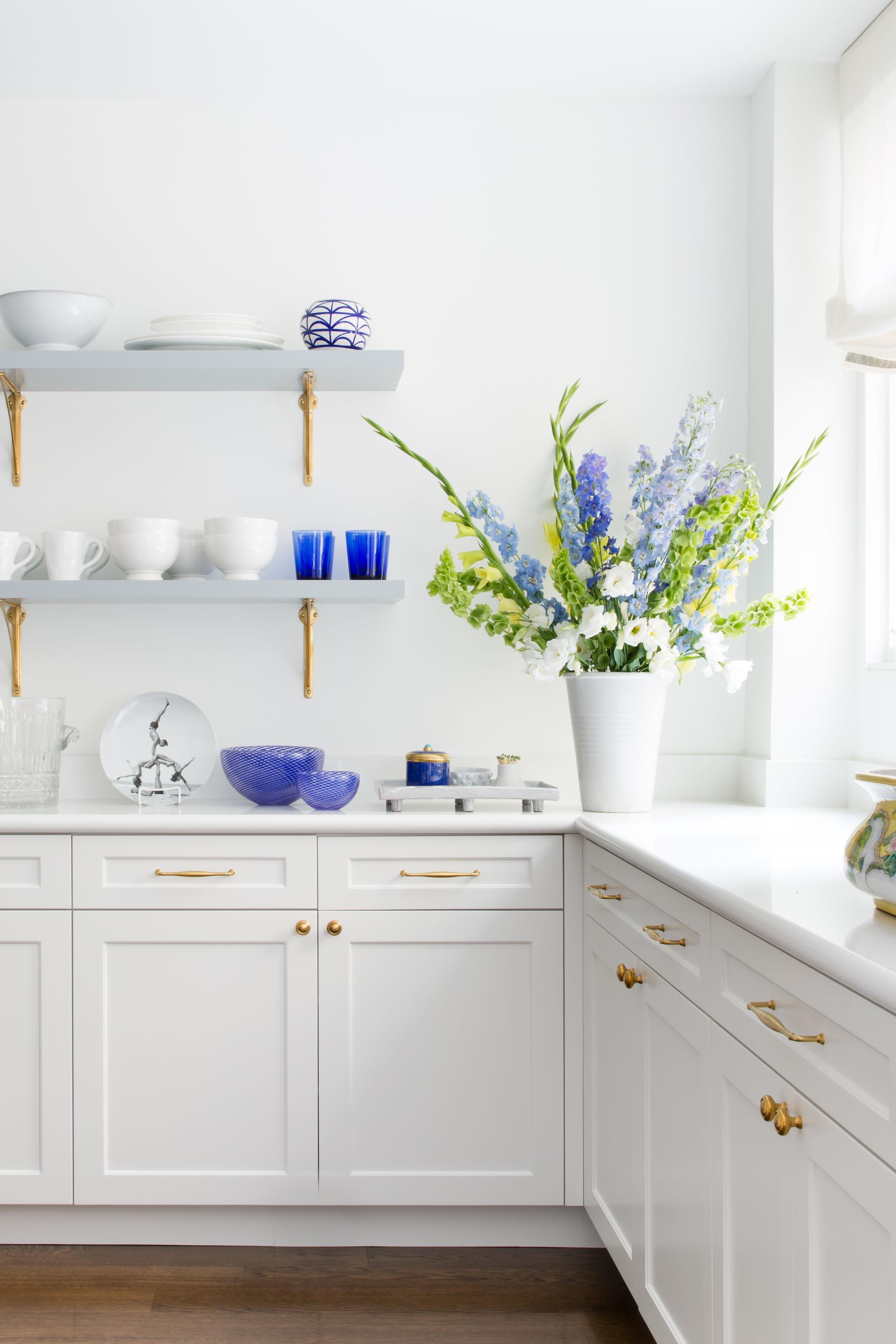 Powell Street - Kitchen Shelves.jpg