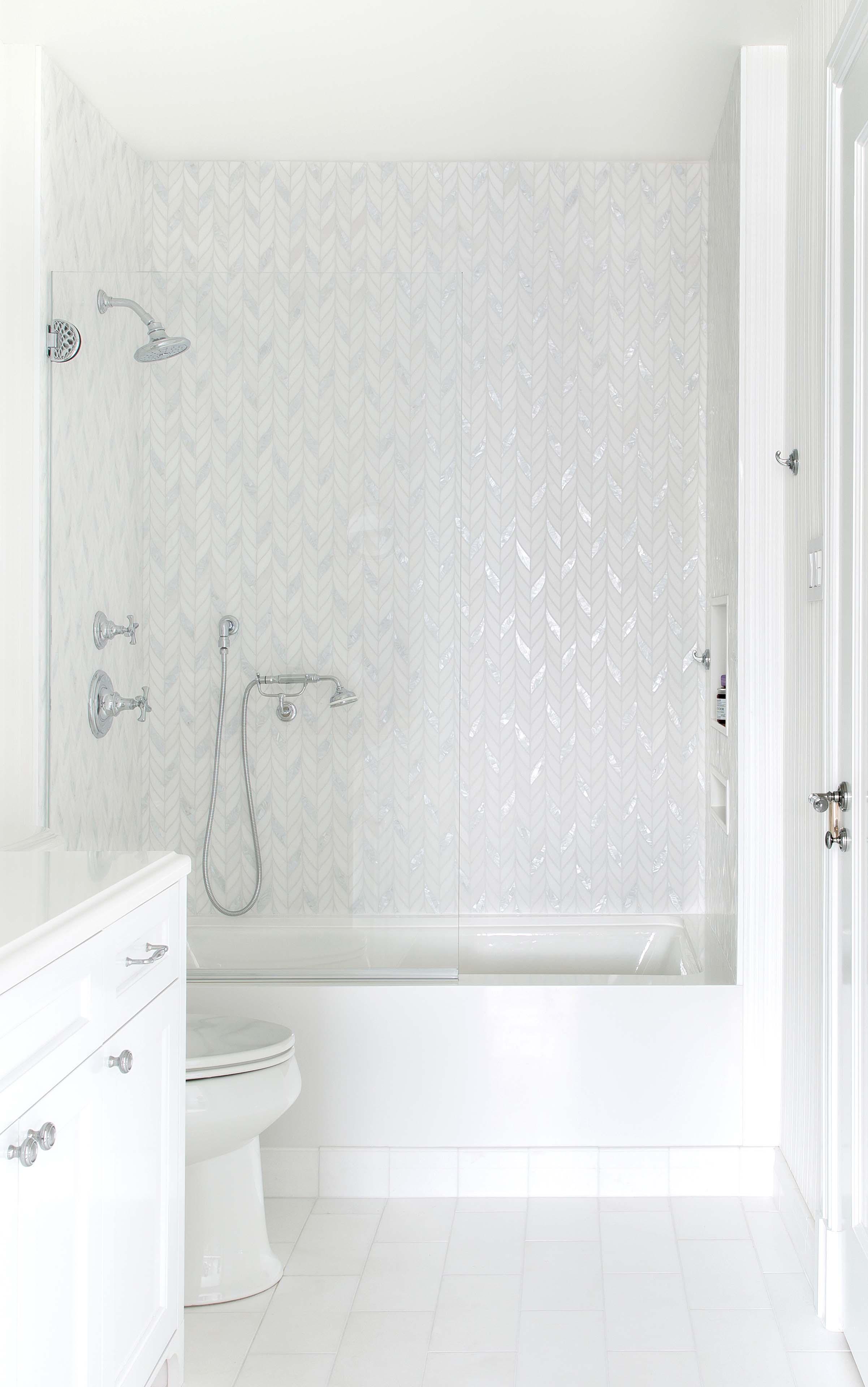 Powell Street - Guest Bathroom 1.jpg