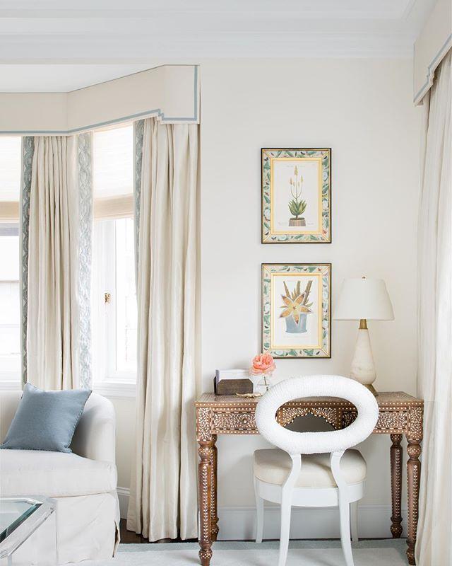 Master Bedroom 1/3  #ABHNobHill renovation . . . . .  #housetour #interiordesign #design #architecture #renovation #homedecor #interiorlovers #interiorboom #interiordesire #interiordetails #interiorforinspo #homereno #homedetails #homedecorideas #myhomevibe #interior123 #currentdesignsituation #sodomino #howwedwell #myhousebeautiful #housegoals #interior_and_living #dailydecordose #fromwhereIstand