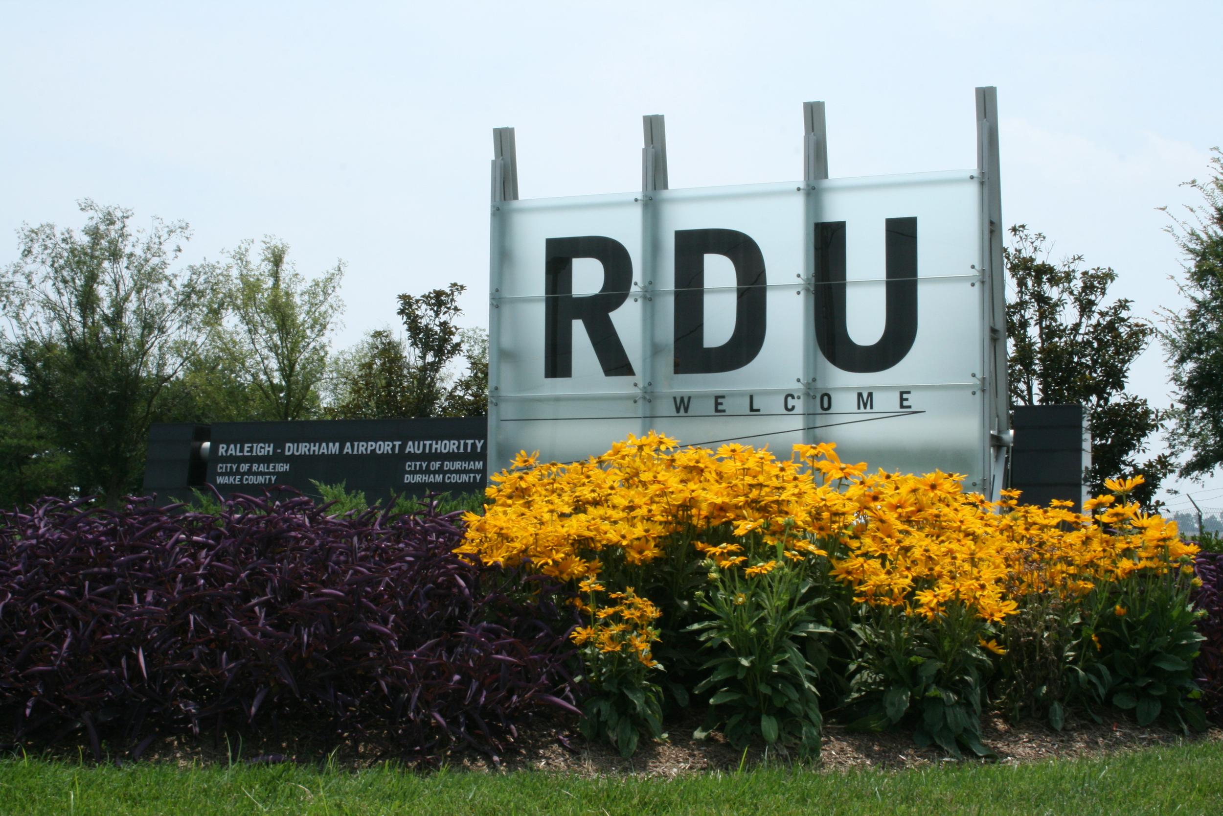 2008-07-30_RDU_welcome_sign.jpg