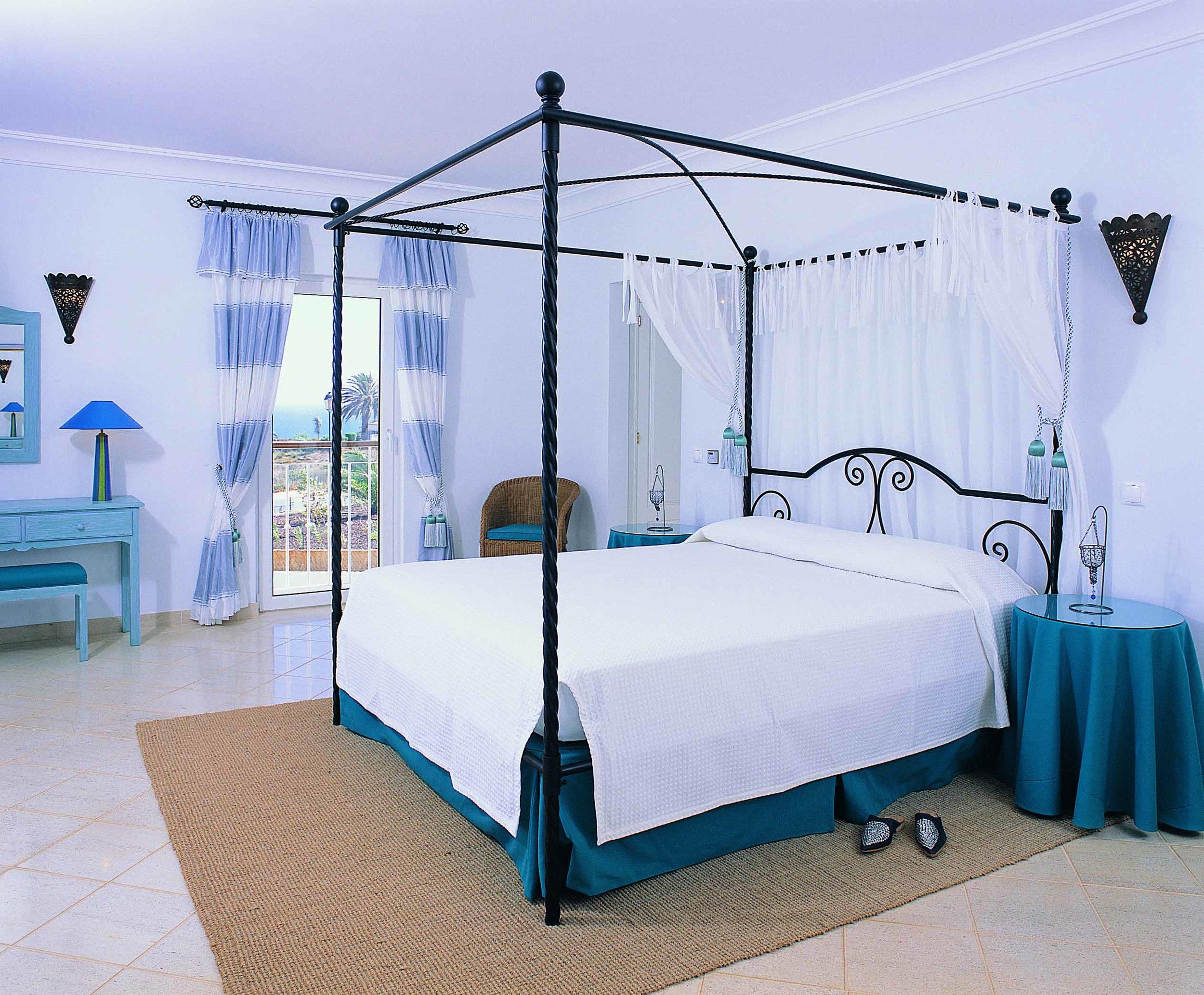RdL690 V83 Marrocco Bedroom SW.jpg