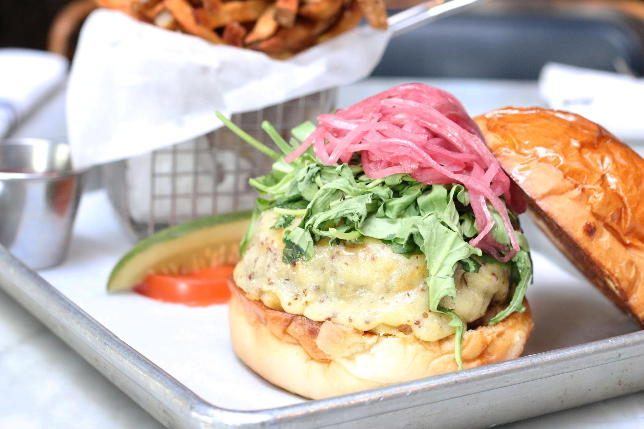 UPH-Burger-IMG_2886.jpg