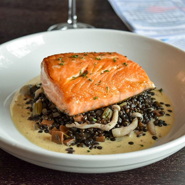 Our Roasted Scottish Salmon w/ Vegetable Lentils, Shimeji Mushrooms and Sauce Dijonnaise tastes even better than it looks! 👀 😋 Join us!