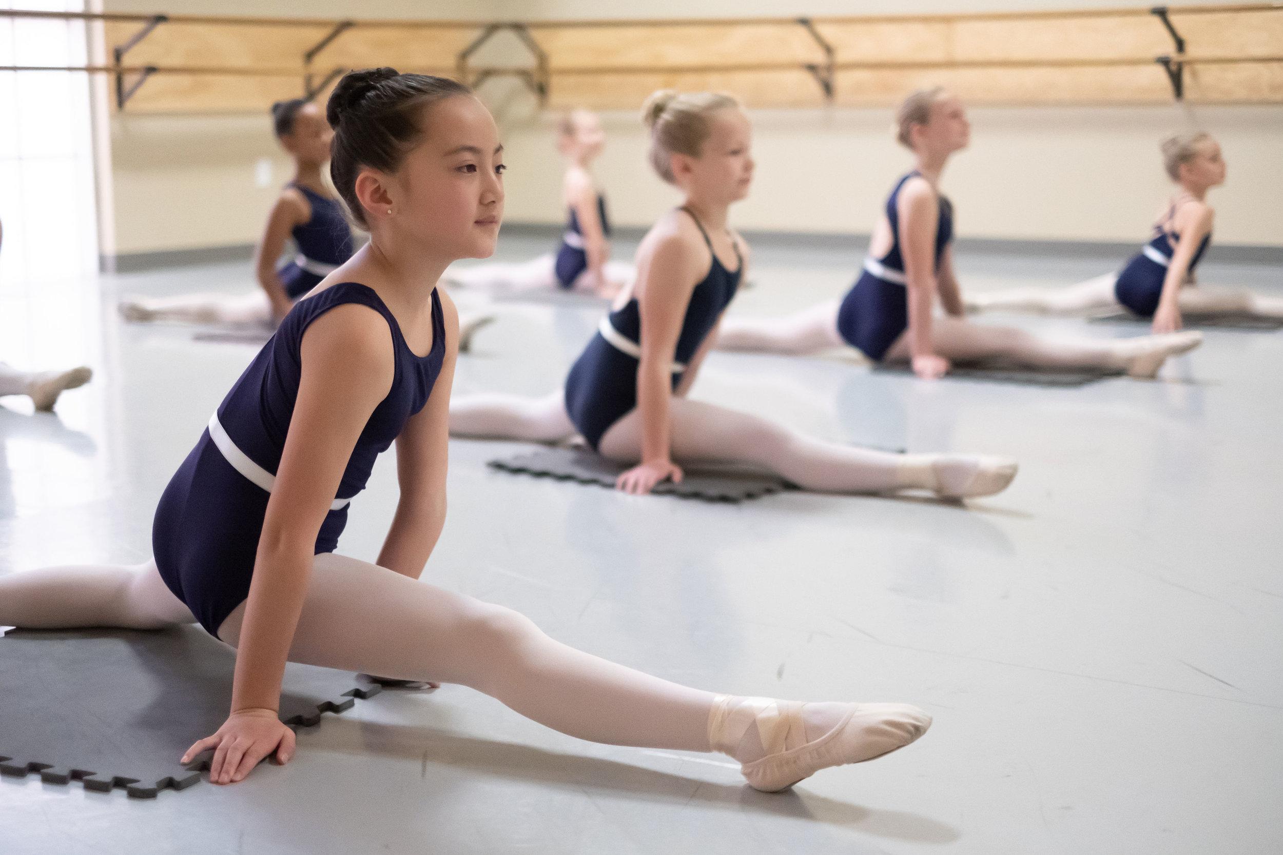 Ballet fundamentals 2 splits.jpg