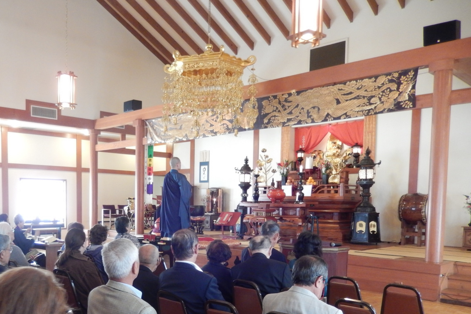 Regular Monthly Service with Dharma talk.