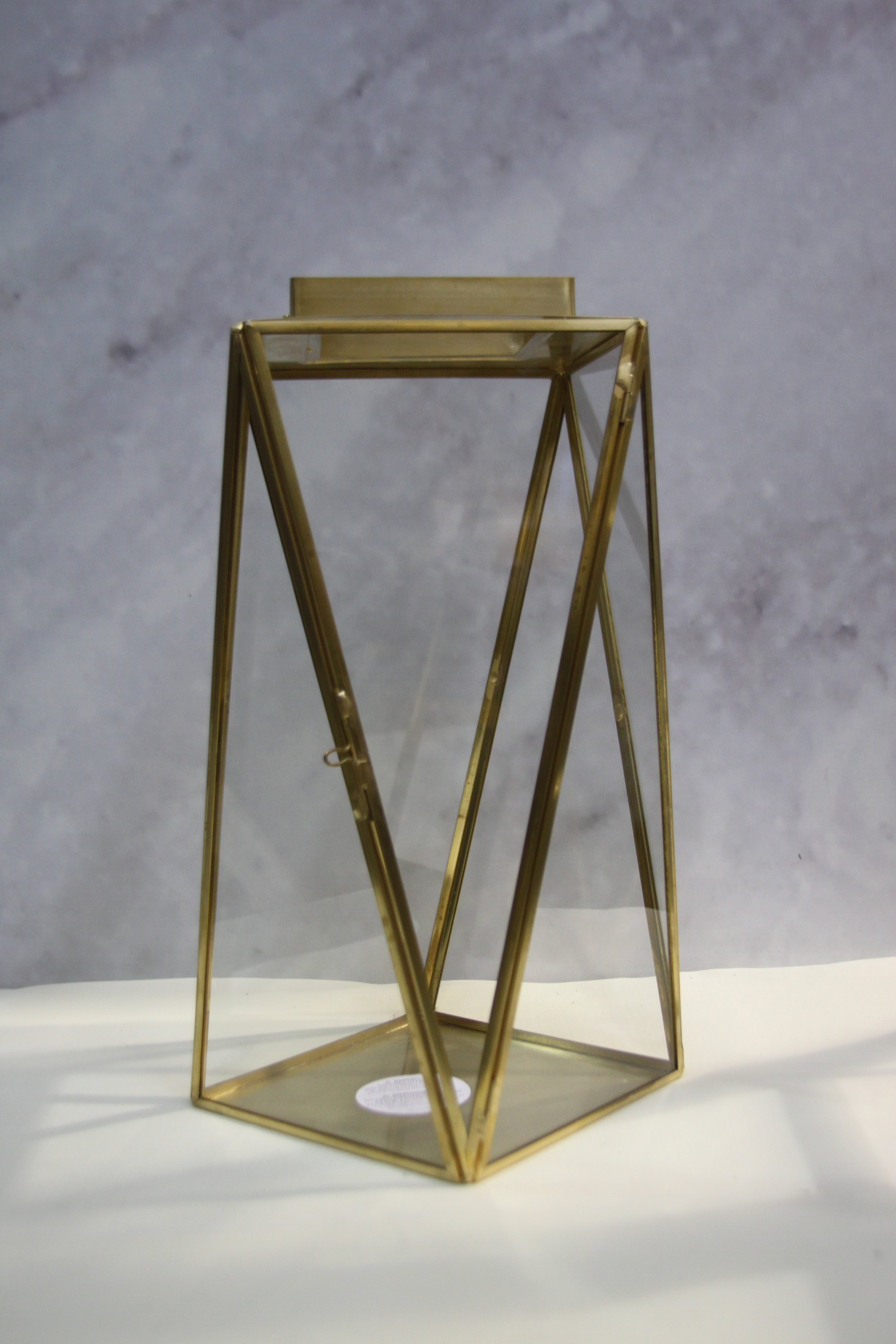 LA-4: Geometric Lantern