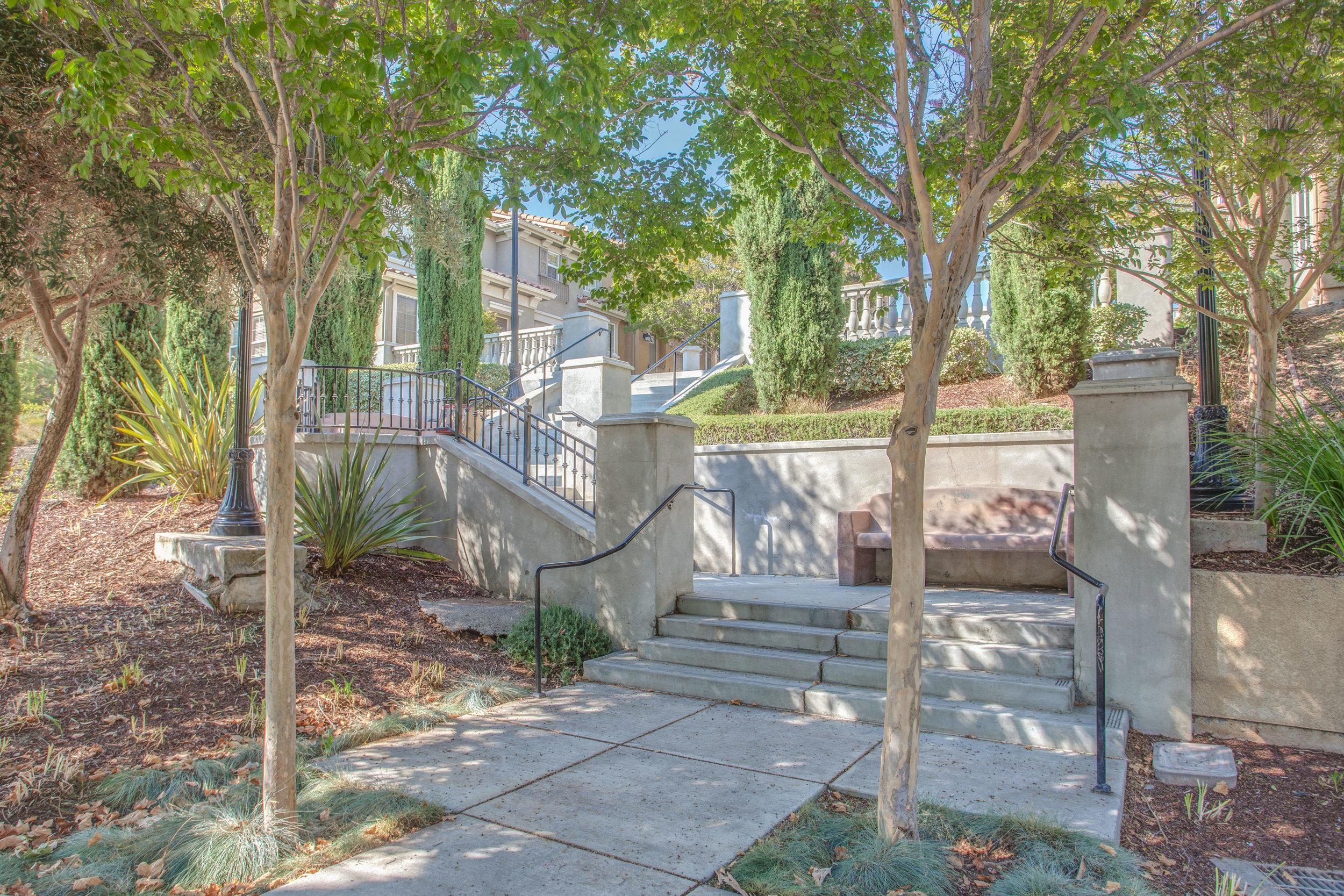 420 Tower Hill Ave South San-print-017-10-Staircase-4200x2801-300dpi.jpg
