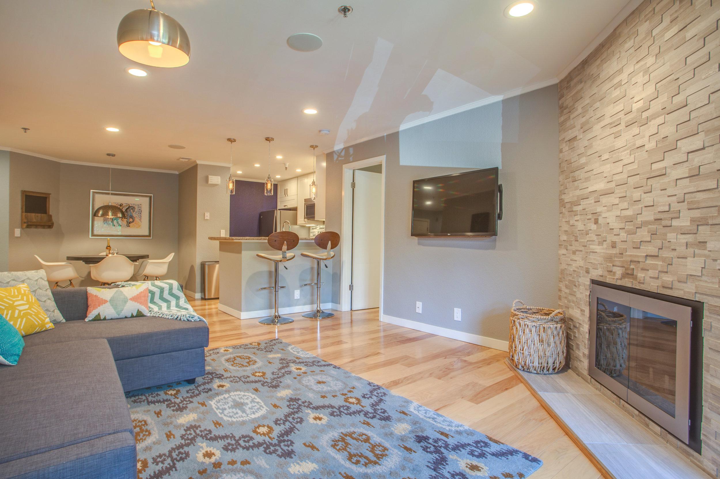 1106_la_terrace_circle_MLS_HID1123238_ROOMlivingroom.jpg
