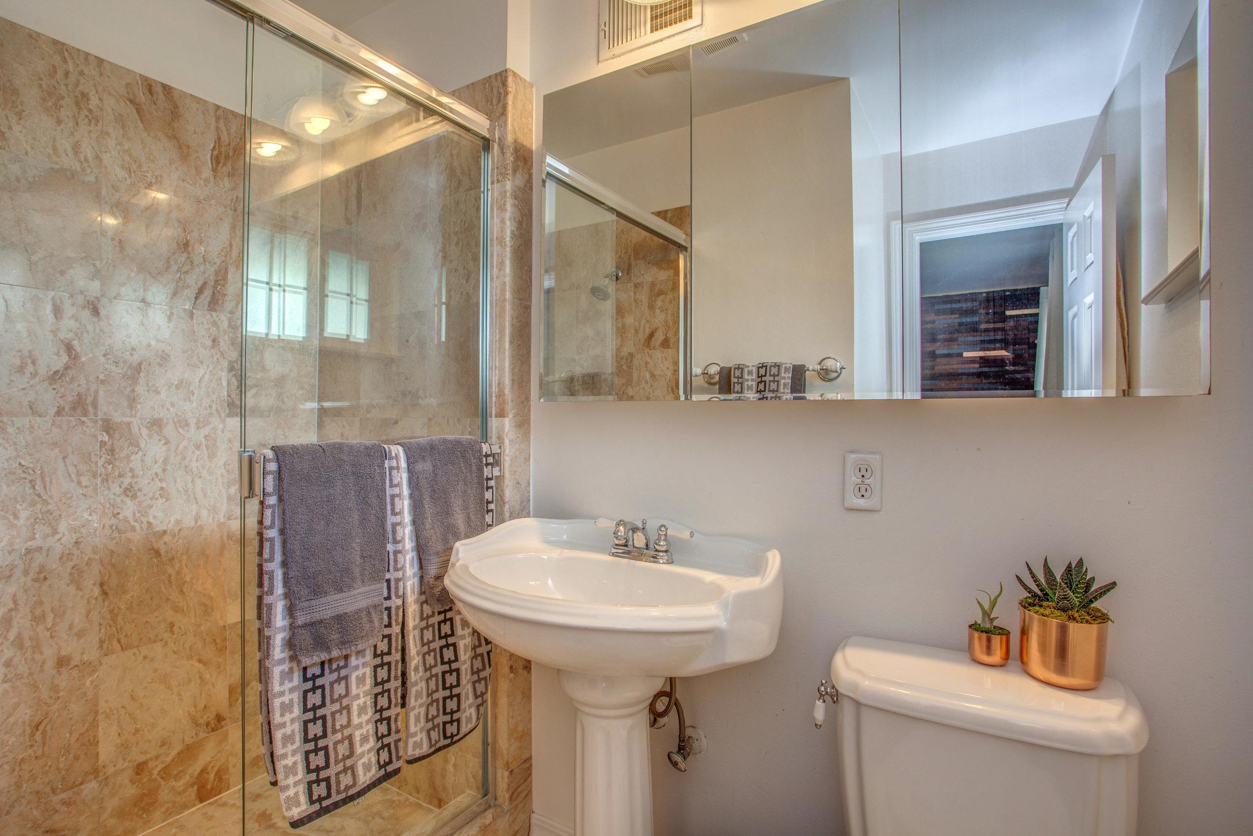 1792 Wyrick Ave San Jose CA-print-013-4-Master Bathroom-4200x2801-300dpi.jpg