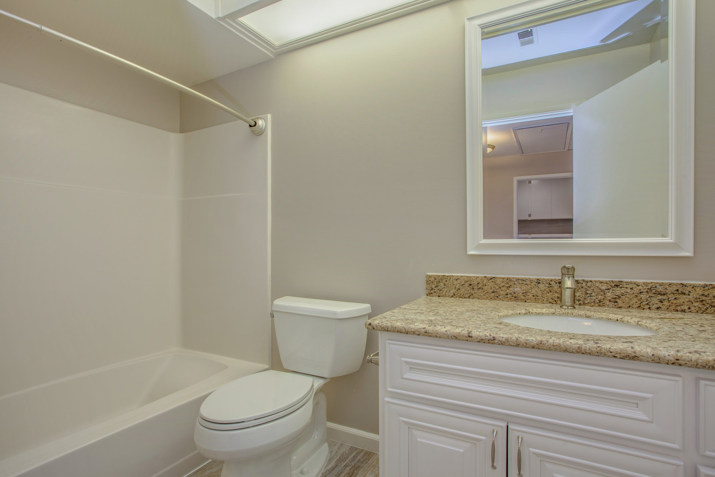1154_illiad_court_MLS_HID1150583_ROOMfullbathroom.jpg