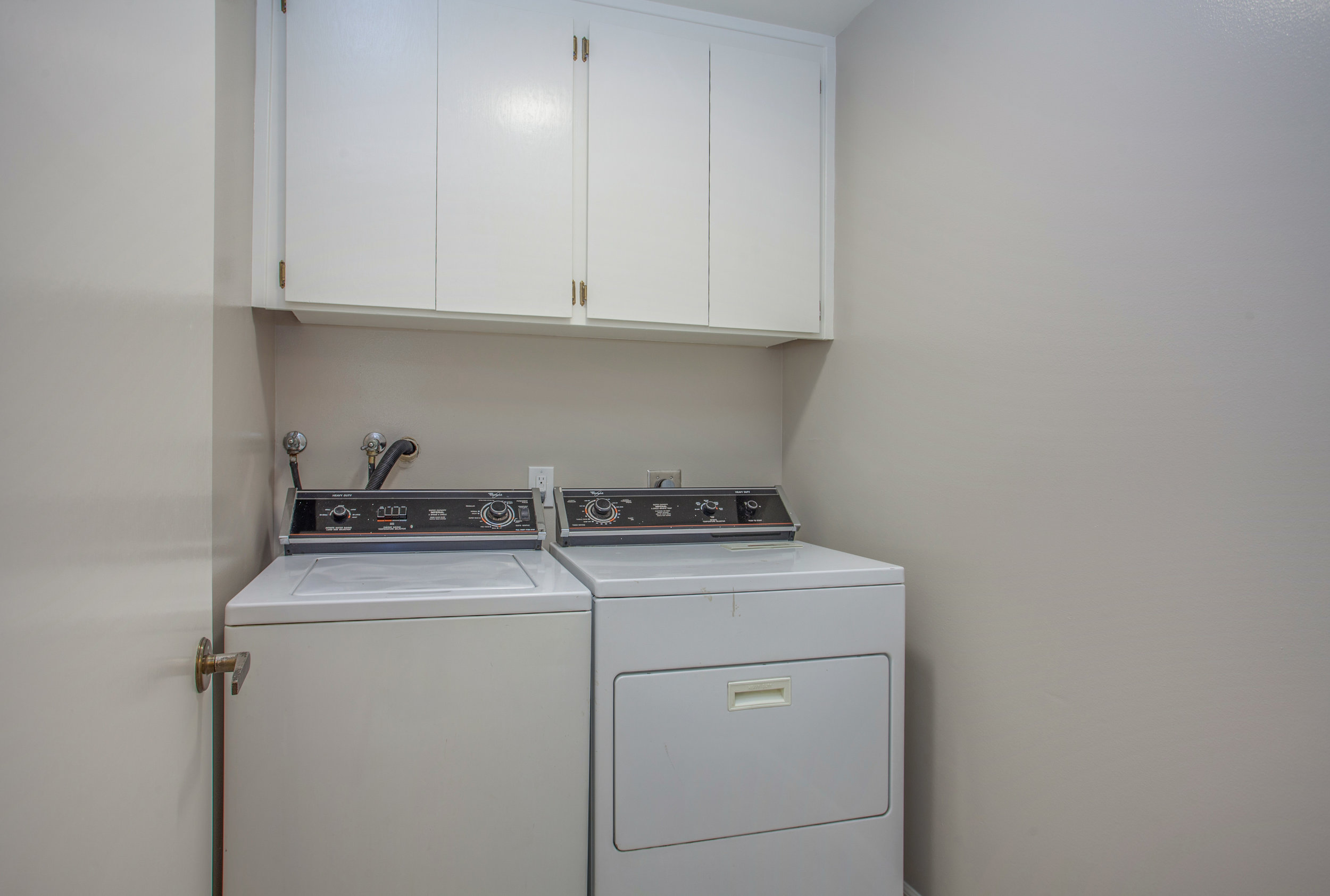 1154_illiad_court_MLS_HID1150583_ROOMlaundrycloset.jpg