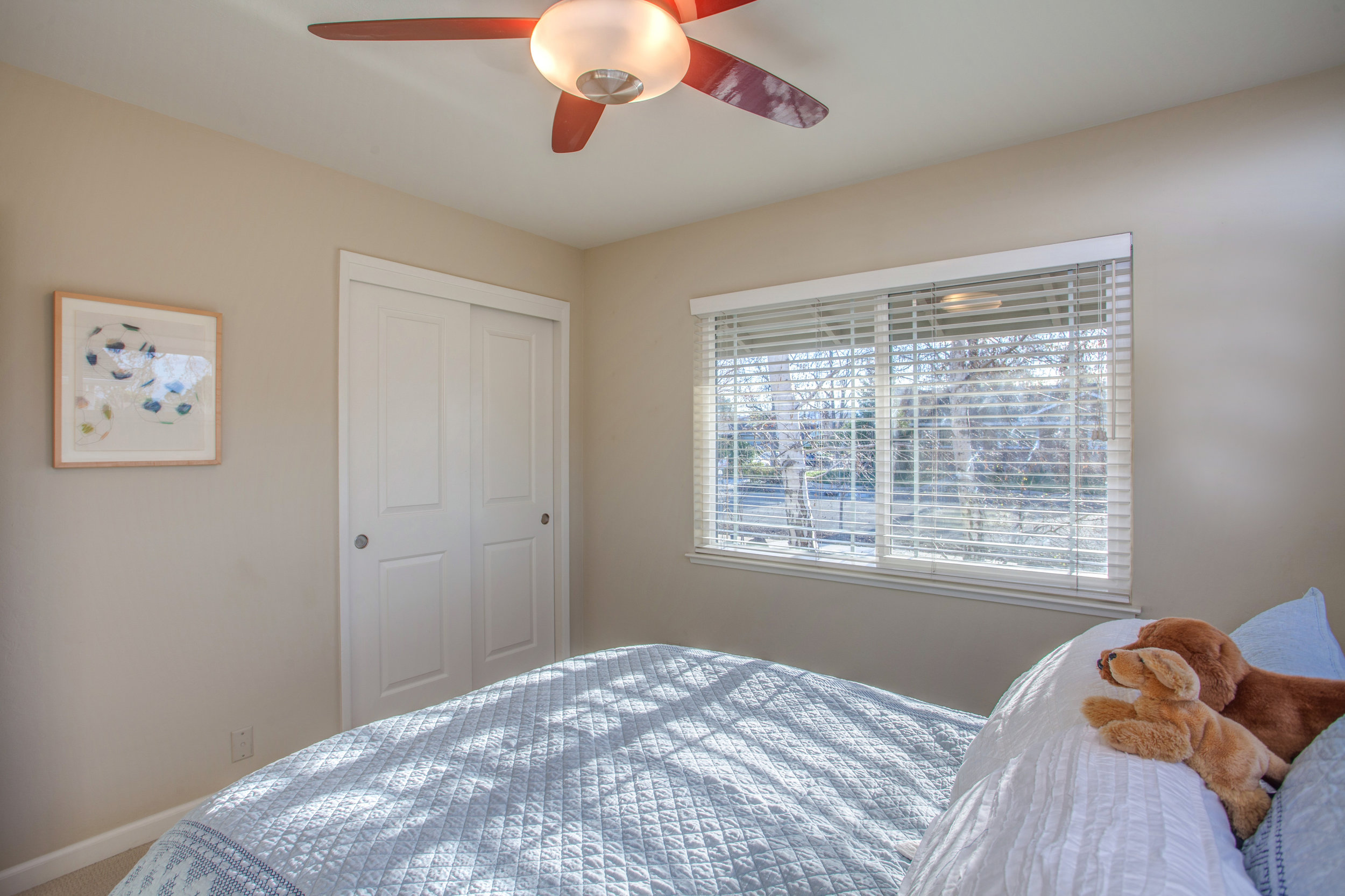 1727_silverwood_drive_MLS_HID1159197_ROOMbedroom1.jpg