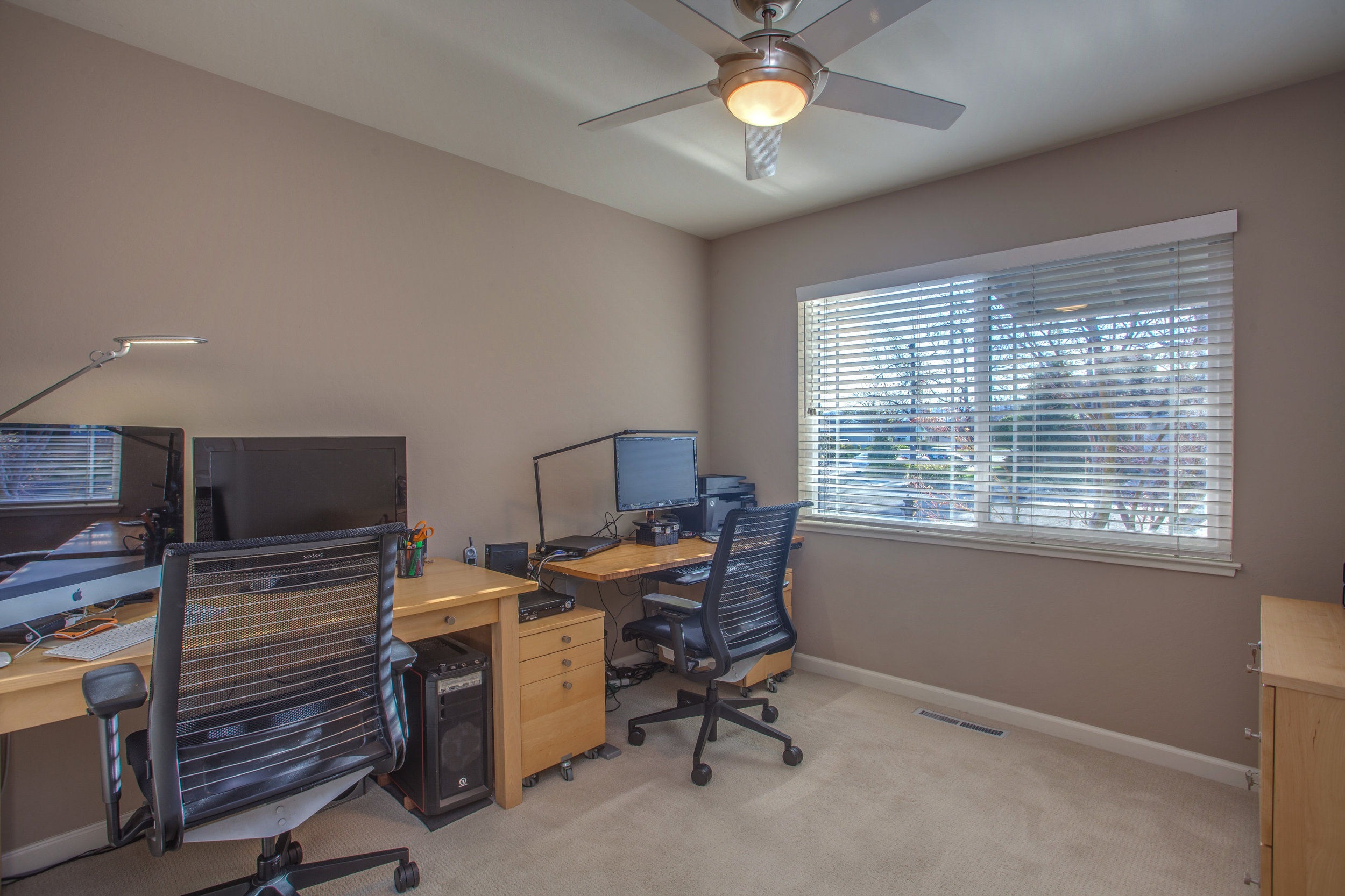 1727_silverwood_drive_MLS_HID1159197_ROOMoffice.jpg