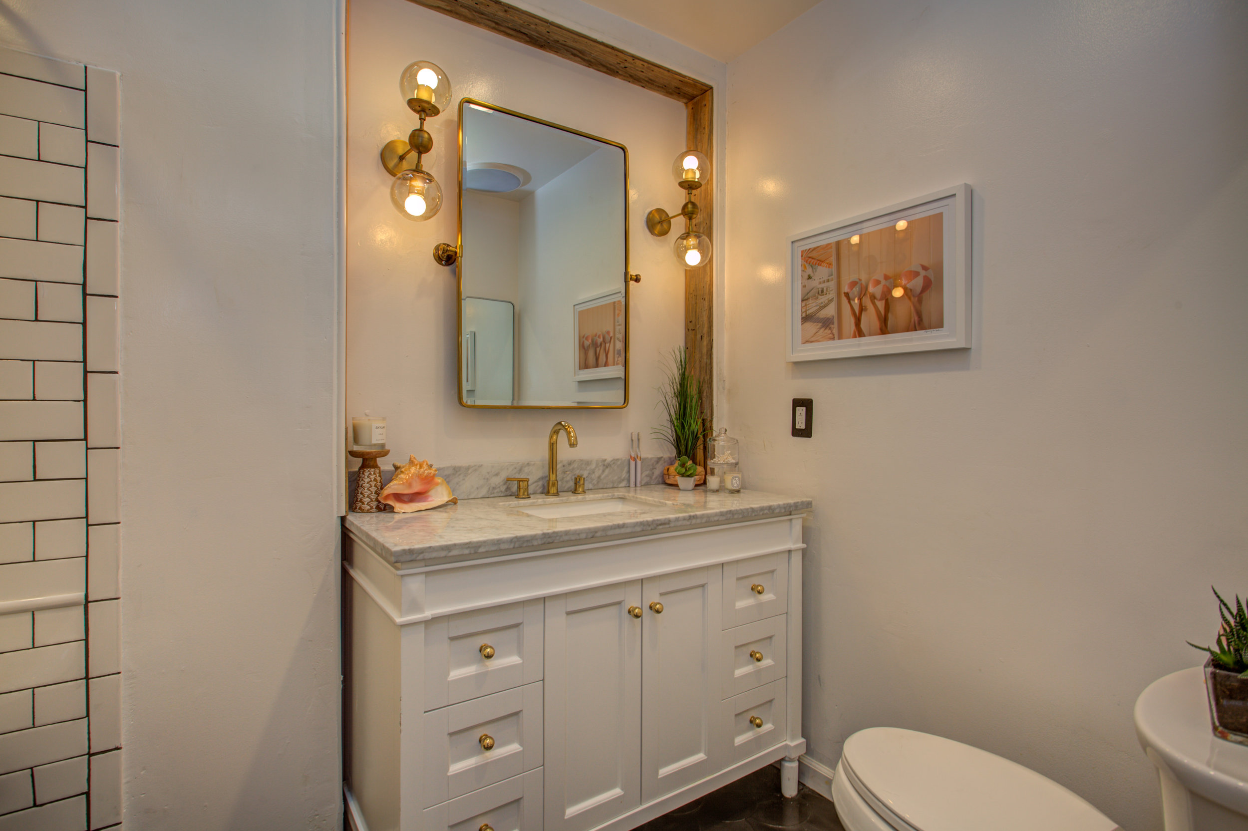 6284_mountford_dr_MLS_HID1168753_ROOMfullbathroom.jpg